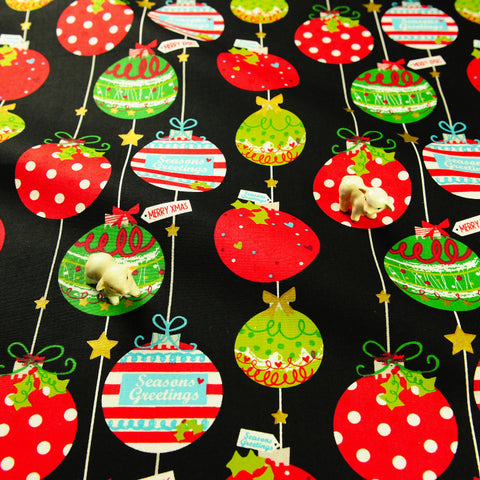 Christmas - black multicolored baubles cotton fat quarter fabric FQ1811-41