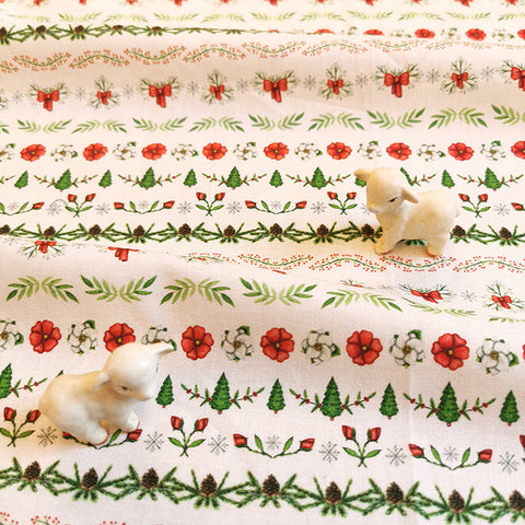 Christmas - white, red & green winter garland cotton fabric W:148cm FQ2111-03