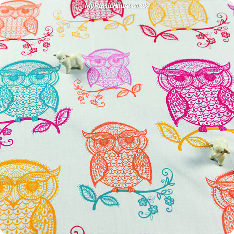 Owls - white multicoloured giant owl motif cotton fabric HM1308-23