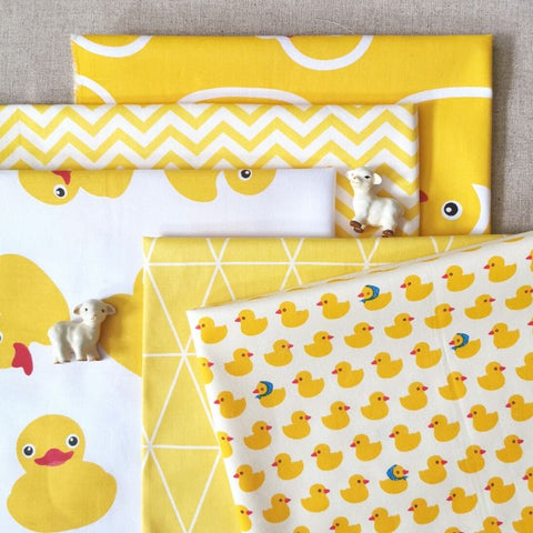 Farm - green & yellow rubber ducks cotton fabric bundle 5FQs PK1607-04