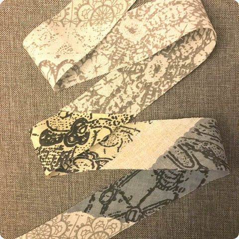 Floral - 5m grey & white cotton bias binding unfolded tape