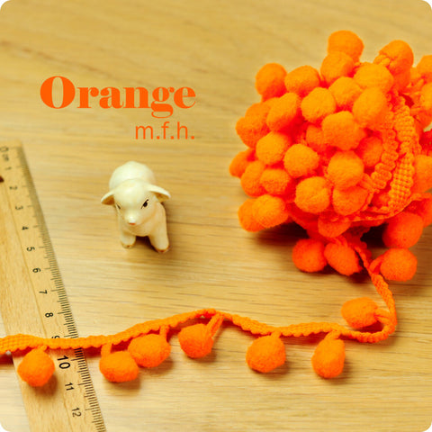 2m bobble trim - pom pom - orange