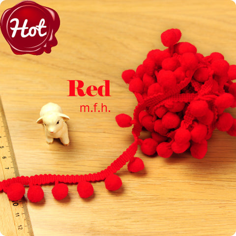 2m bobble trim - pom pom - red