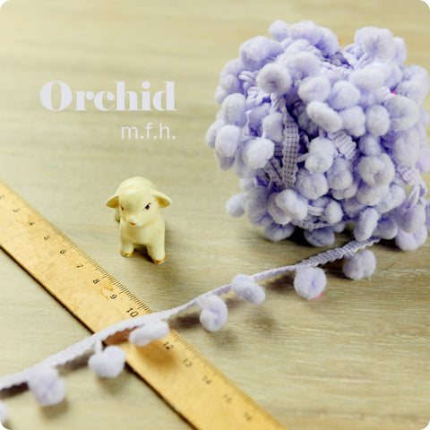 2m bobble trim - pom pom - purple orchid