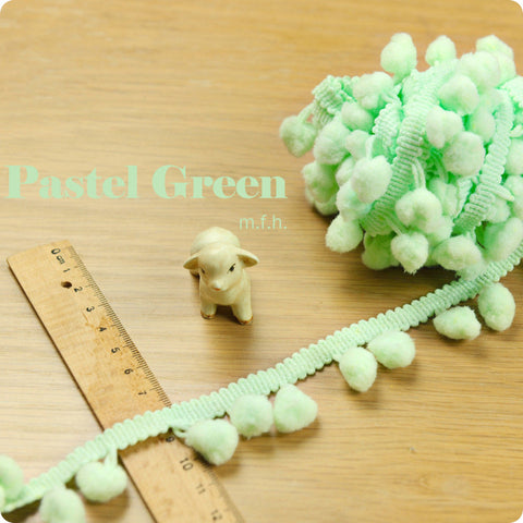 2m bobble trim - pom pom - pastel green