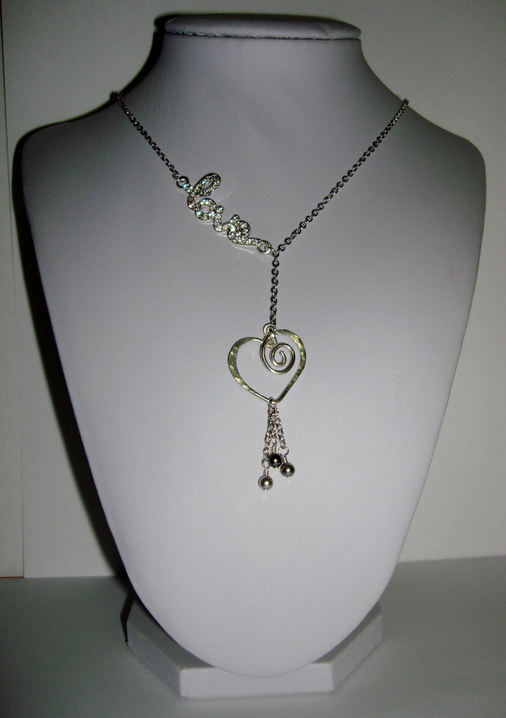 Blingy Love Necklace - Pearls