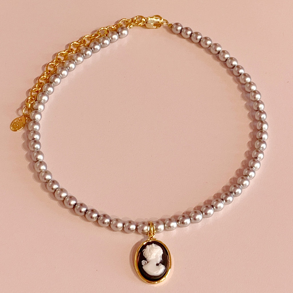 Mini Cameo Pearl Necklace
