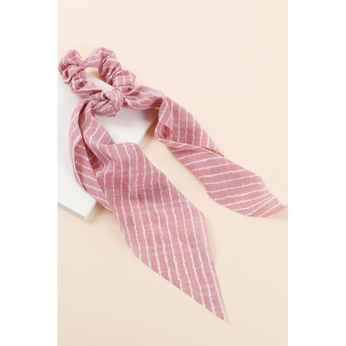 Striped Scrunchy Scarf- Pink & White