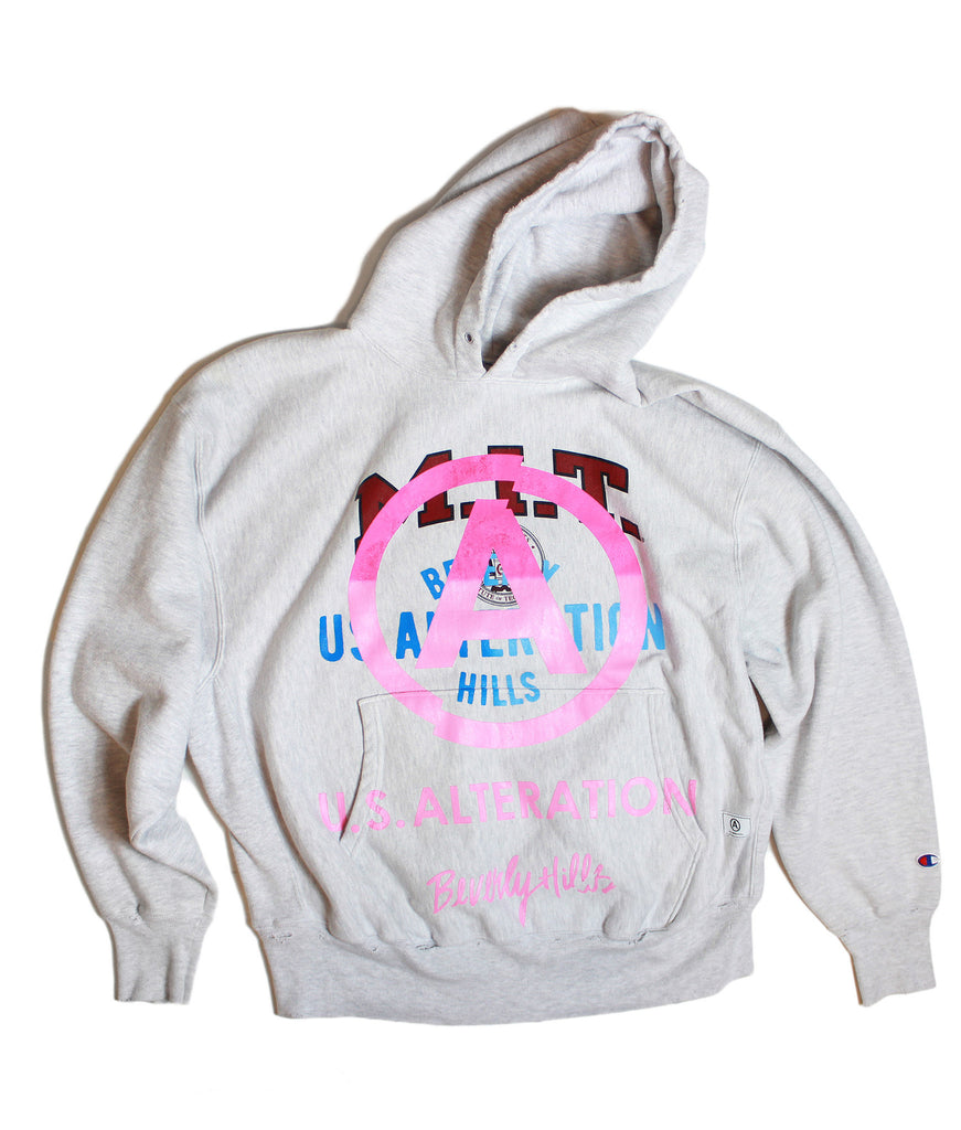 """MIT"" // VINTAGE ""CHAMPION"" //  ""hooded""sweatshirt // w/ pink -u.s. alteration- logo overlay"