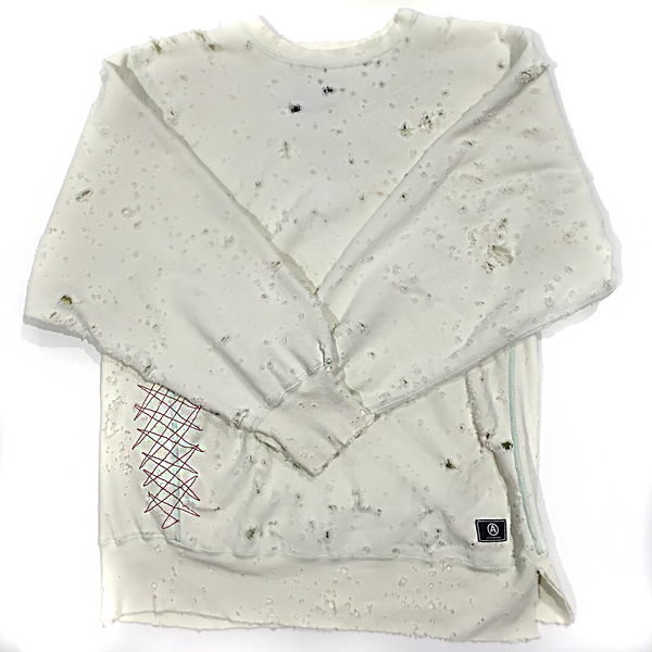 CHAMPION SWEATSHIRT/ DISTRESSED / WHITE / L