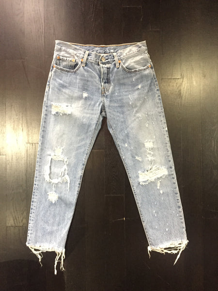 U.S. Alteration Distressed Levis® 501 ct