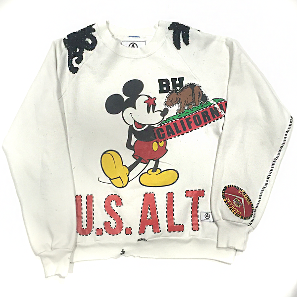 U.S ALTERATION MICKEY MOUSE WHITE VINTAGE DISTRESSED SWEATSHIRT WITH EMBROIDERED SHOULDERS M