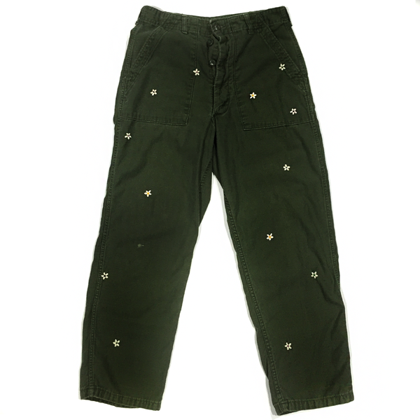 U.S ALTERATION VINTAGE MILITARY PANTS WITH EMBROIDERED FLOWERS