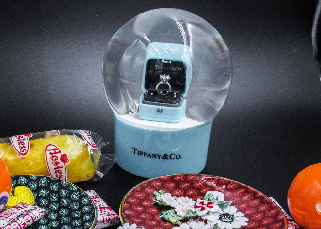TIFFANY AND CO // SNOW GLOBE