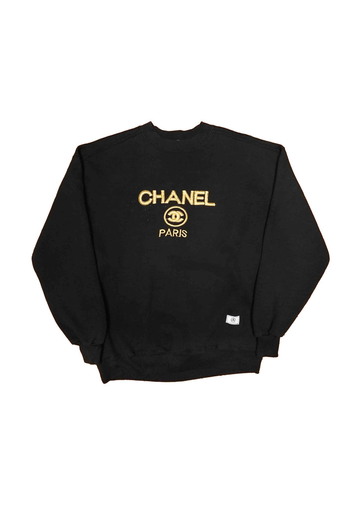 CHANEL BLACK CREW NECK // US ALTERATION