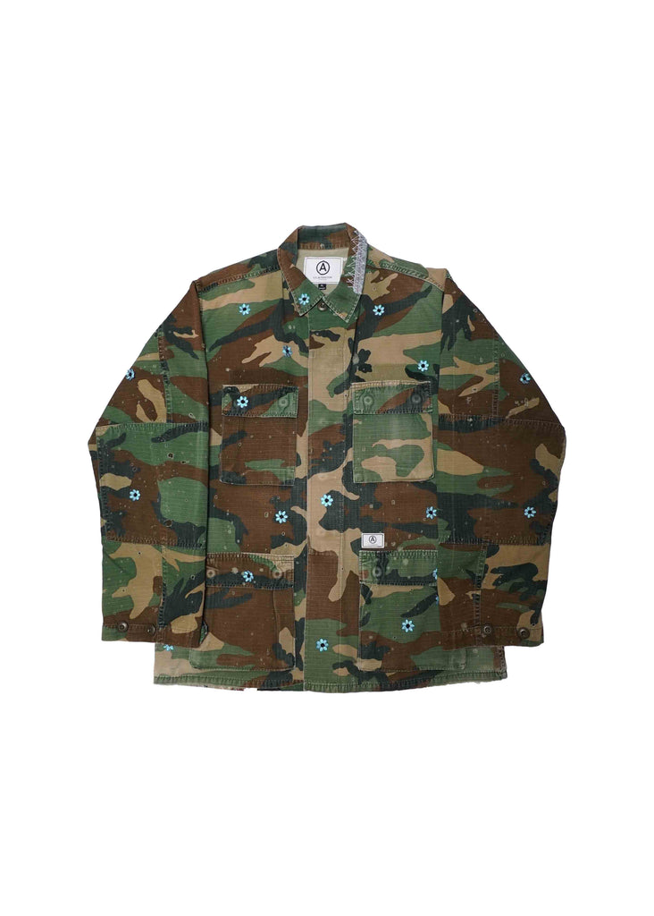 MILITARY JACKET WITH FLOWER PATCHES // XL