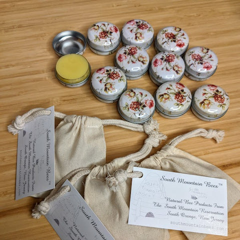 Lip balm tins and linen draw string bags