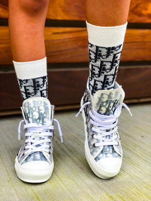 """Ten Toes Down"" Socks"