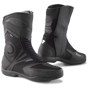 5 Things to Consider Before Buying Motorcycle Boots