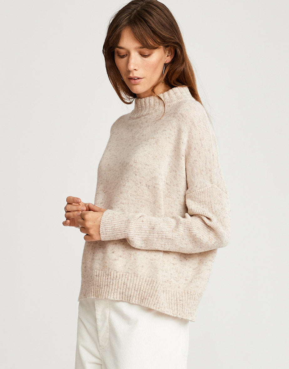 New knitwear from women Fall'18 collection by Bellerose