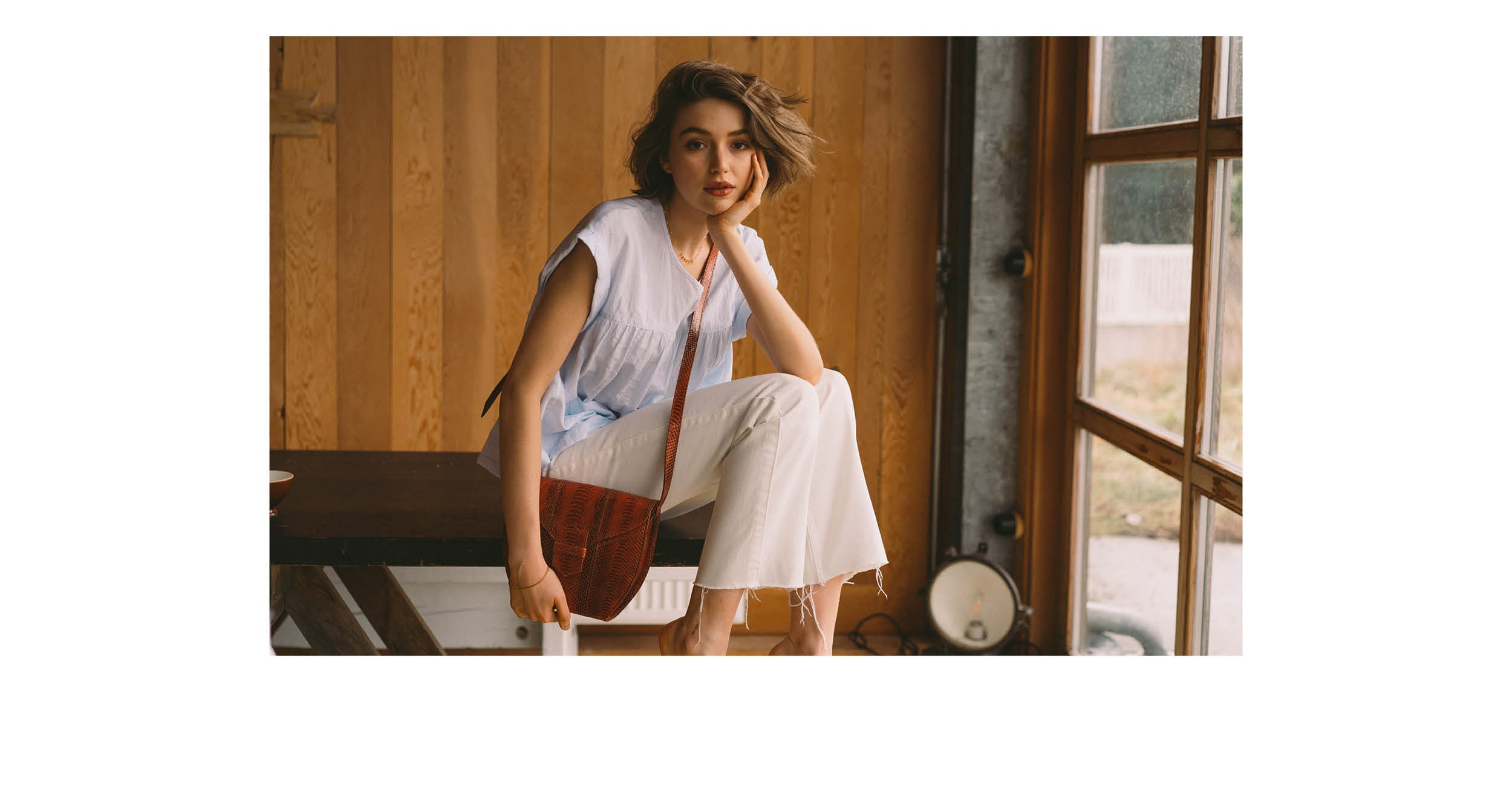 Women SS'19 blue shirt and Anthology bag Bellerose