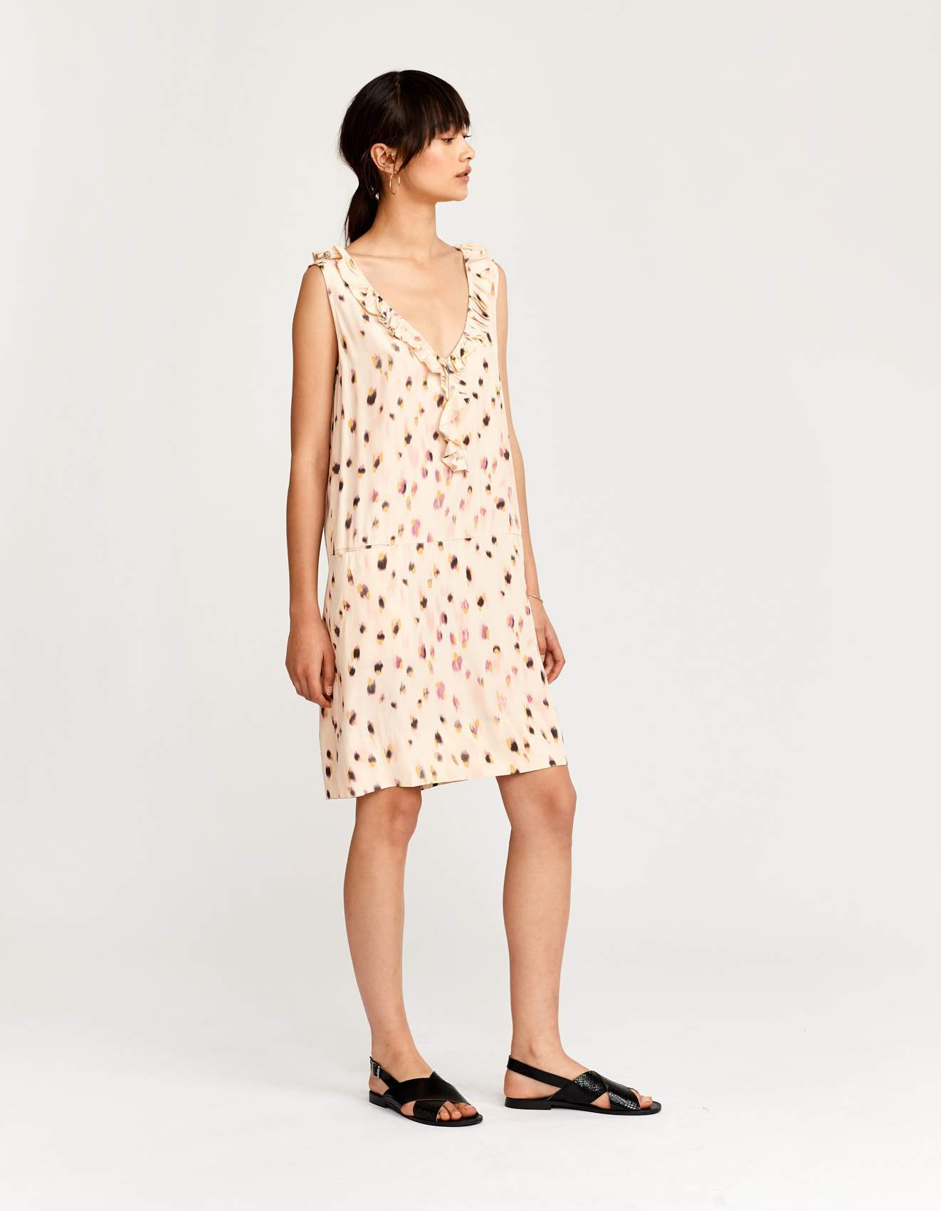 Bellerose pink viscoe v neck dress for women