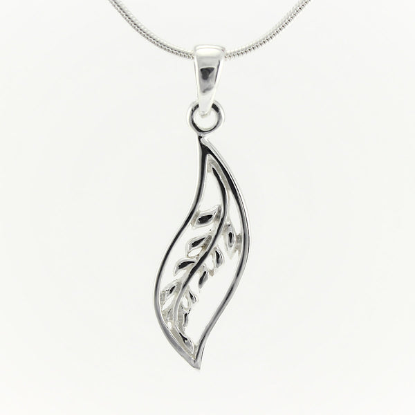 SWN135 Sterling Silver Pendant Necklace