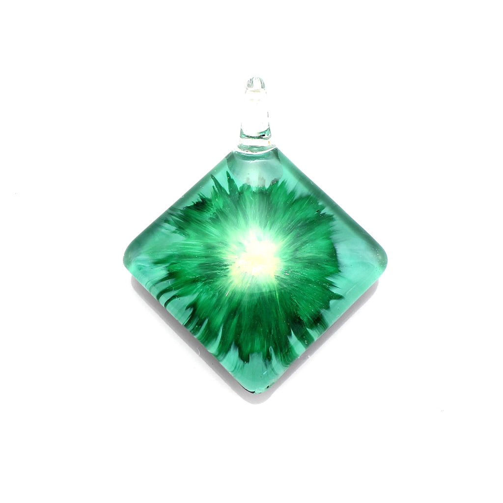 SWN564 - Green Glass Diamond Pendant Necklace
