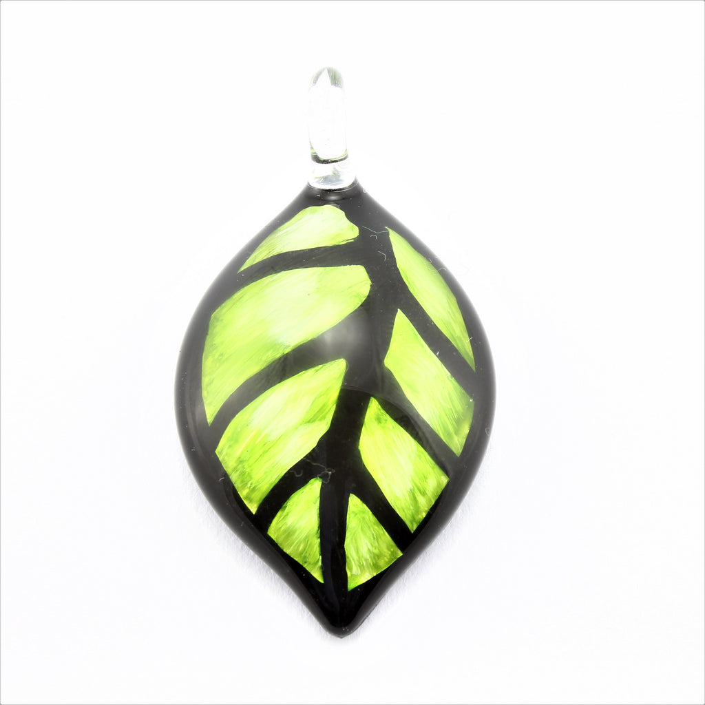 SWN598 Green Leaf Glass Pendant Necklace