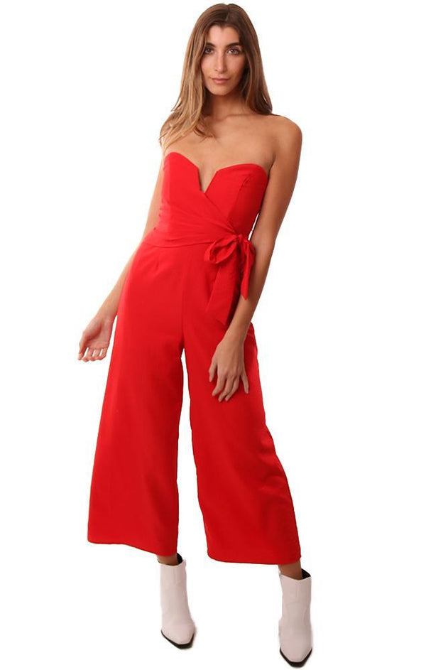 ASTR JUMPSUITS STRAPLESS PLEATED TIE FRONT CROPPED WIDE LEG RED JUMPER