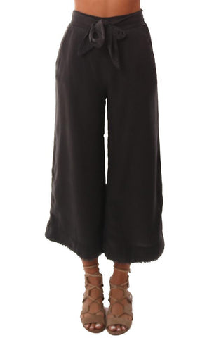 BELLA DAHL PANTS BELTED WIDE LEG FRAYED CROPPED LIGHTWEIGHT CHARCOAL PANT