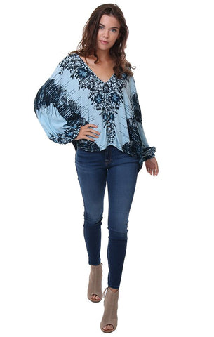 FREE PEOPLE TOPS PRINTED BLUE LONG SLEEVE BUTTON UP V NECK BLUE BLOUSE