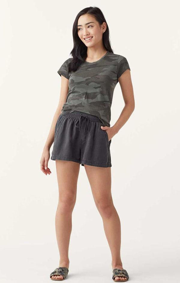 oversized black linen shorts for womens