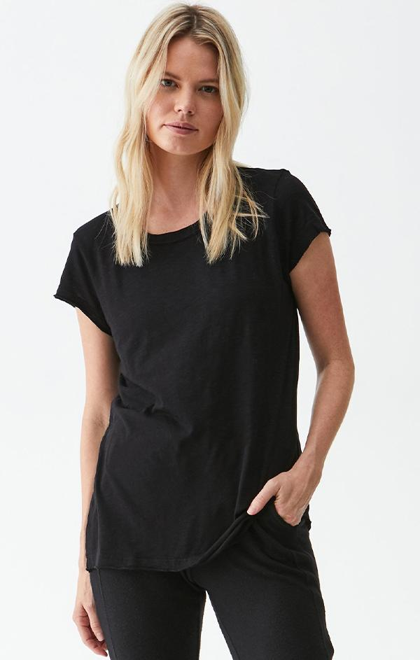 black short sleeve cotton tee shirt