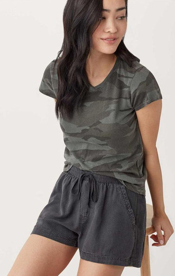 summer black linen women's shorts
