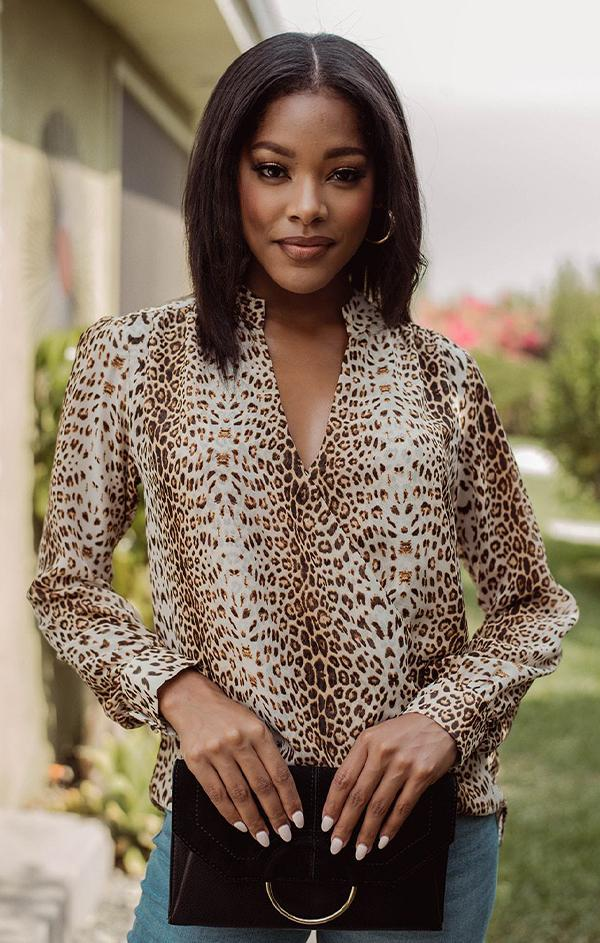 v neck long sleeve cheetah print blouse
