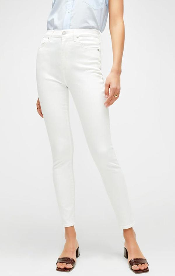 clean white hem denim jeans for summer