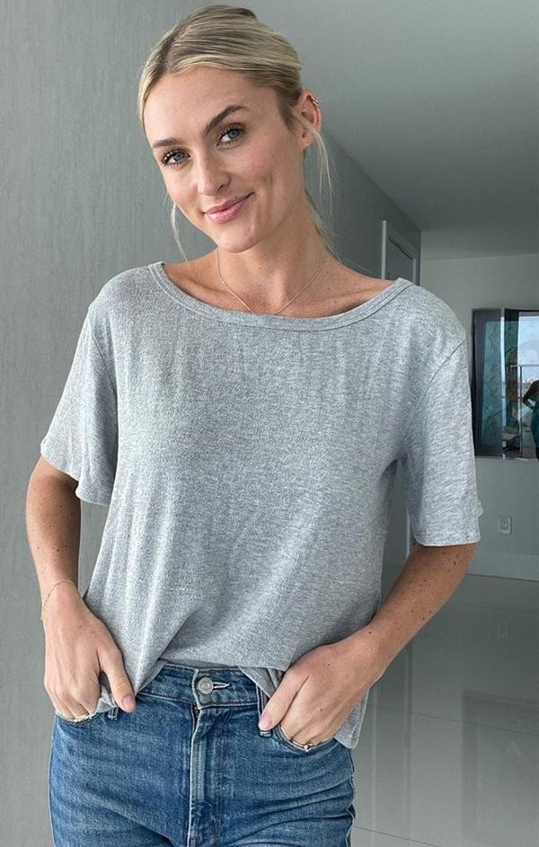 flowy scoop neck grey tee