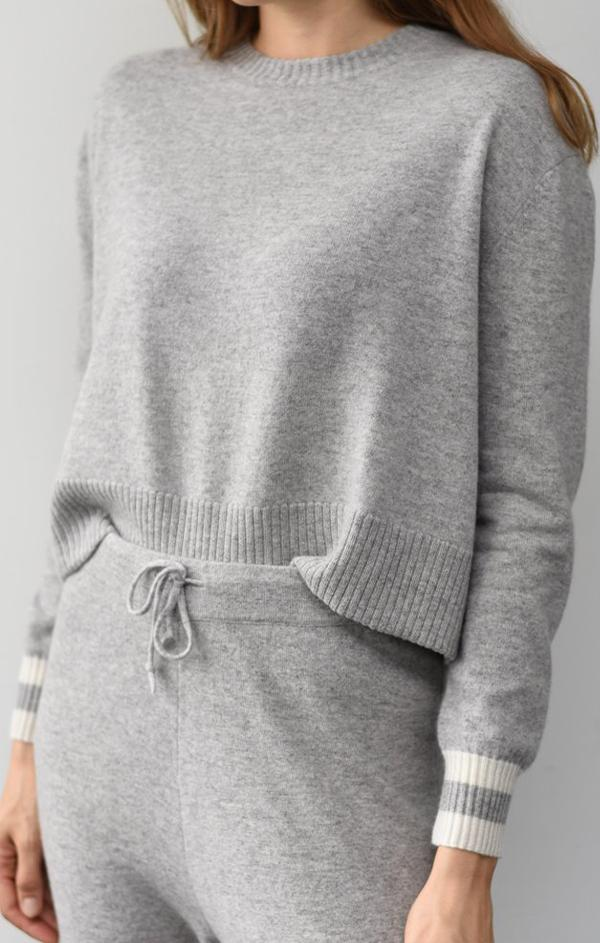 crewneck pullover sweater with white stripe detailing