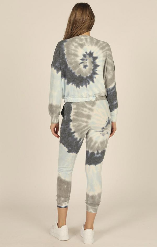 womens spring tie dye blue lounge knit set