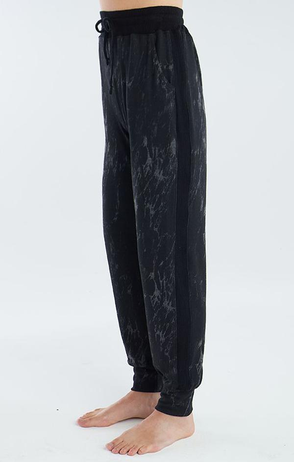 black marbled jogger pant