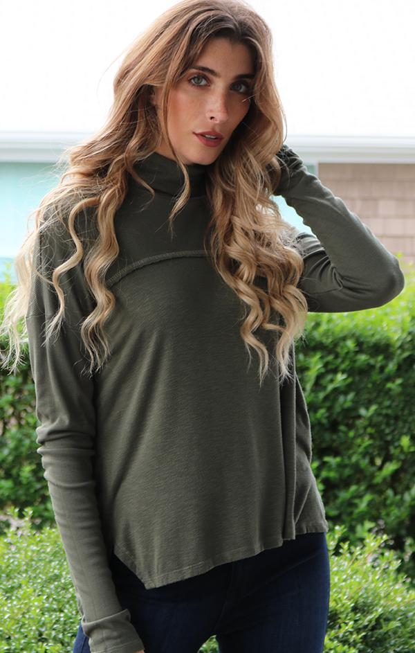 long sleeve turtleneck top for fall