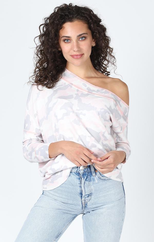 off the shoulder lounge top in pink camo print