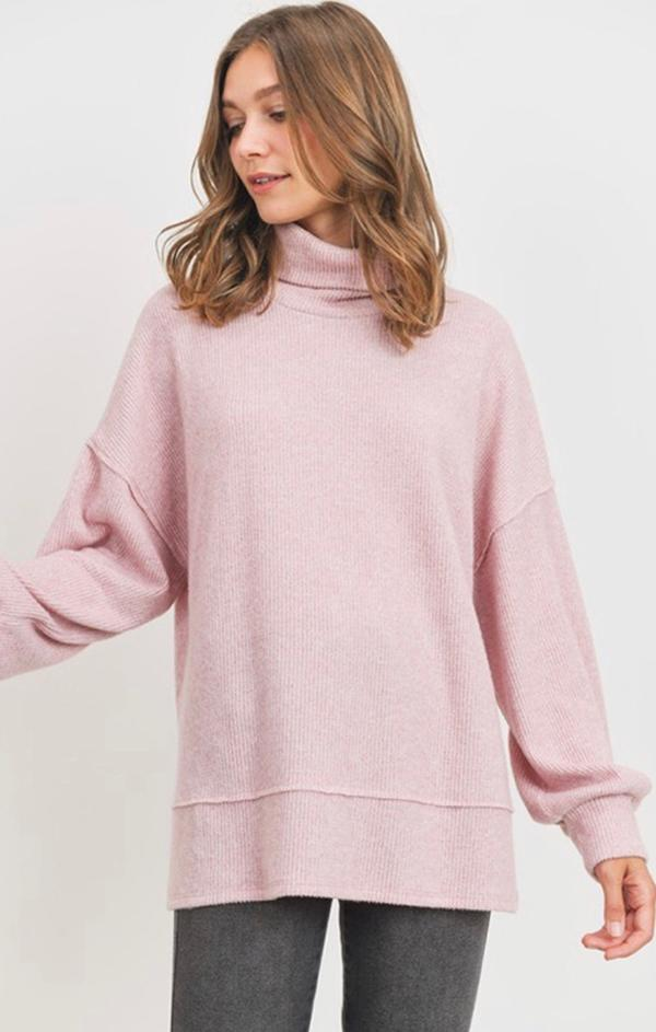 ribbed long sleeve turtle neck top in pink