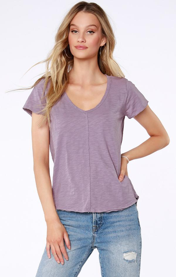 short sleeve light purple top for spring and summer