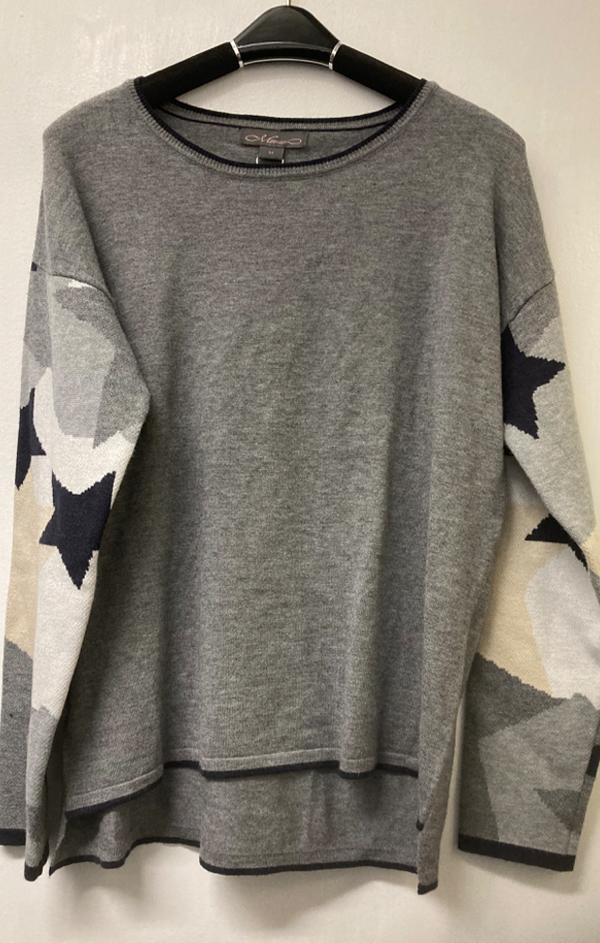 star sleeve printed grey sweater