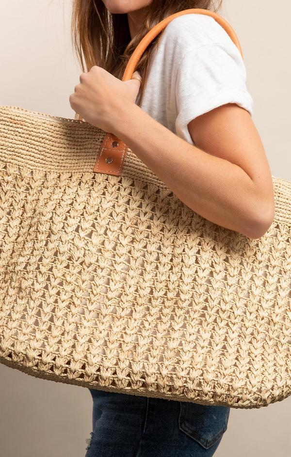 straw woven tote bag for spring and summer