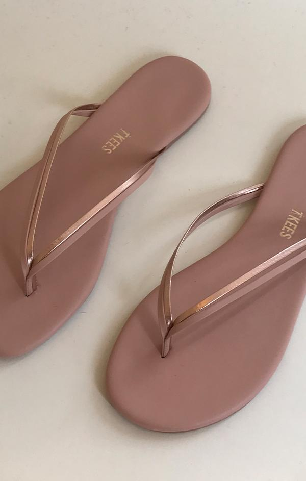 tkees duos sparking rose gold flip flop beach sandals