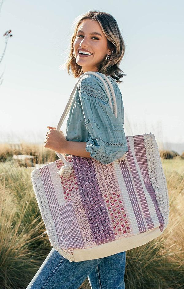 boho tote bag with pom pom details