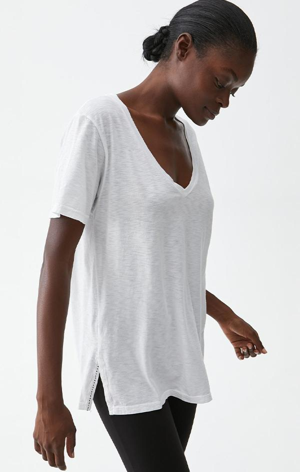 short sleeve white v neck tee